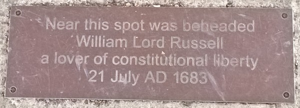 Lincolns Inn Fields 4: plaque